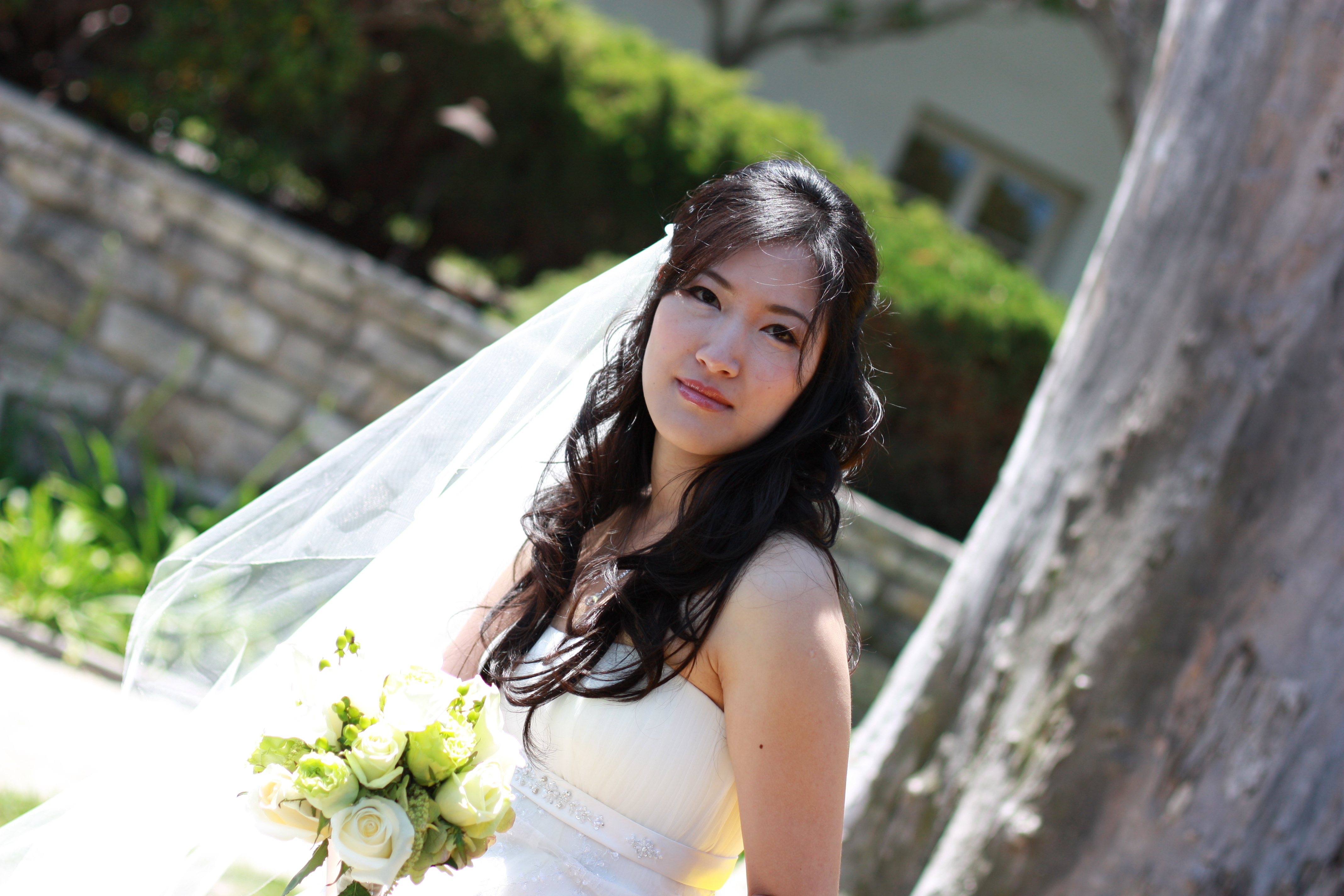 Beauty, Flowers & Decor, white, green, Down, Bride Bouquets, Flowers, Bouquet, Hair, Asian, Do
