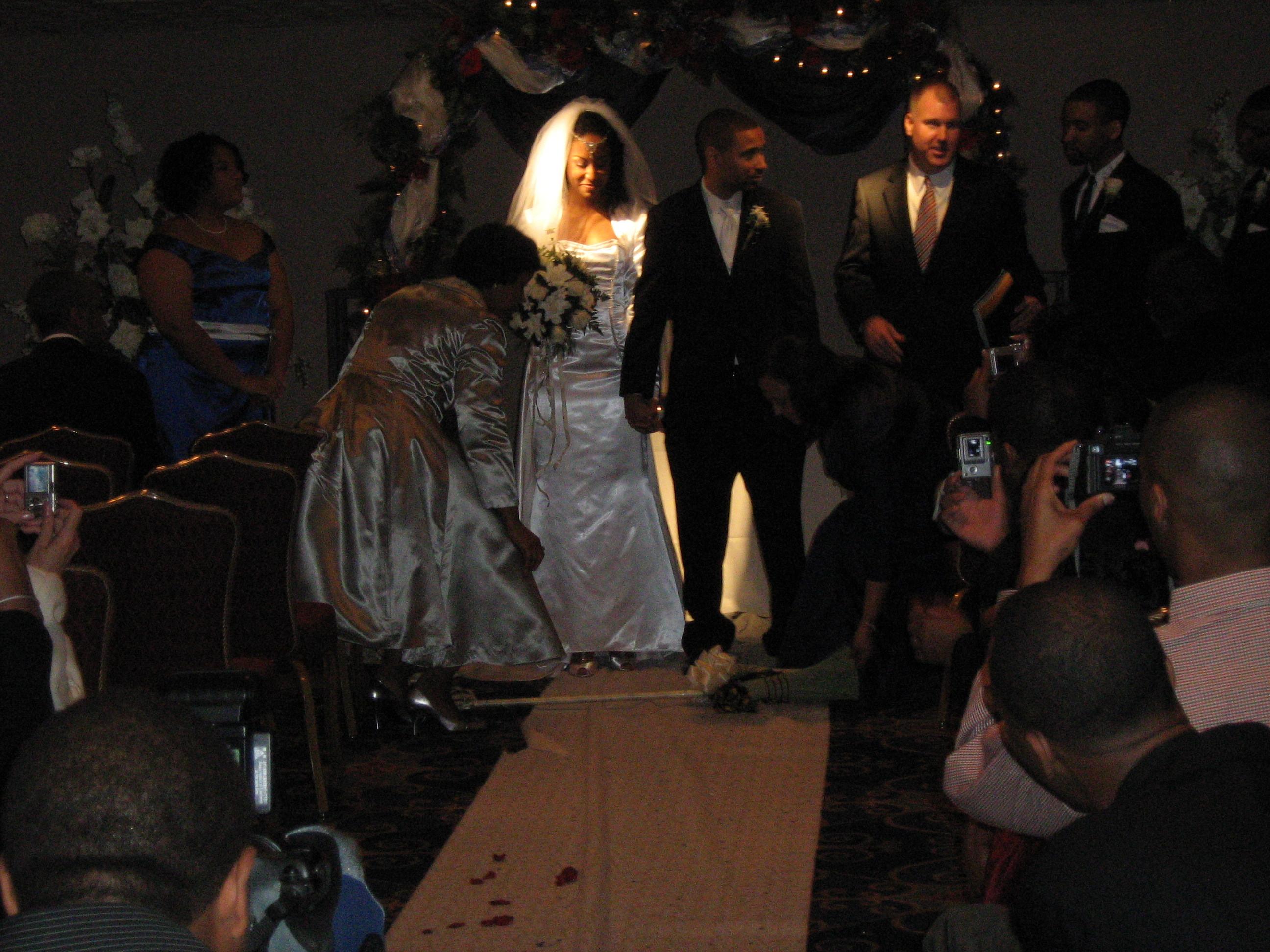 Chattanooga, Adagio weddings events, Jump the broom