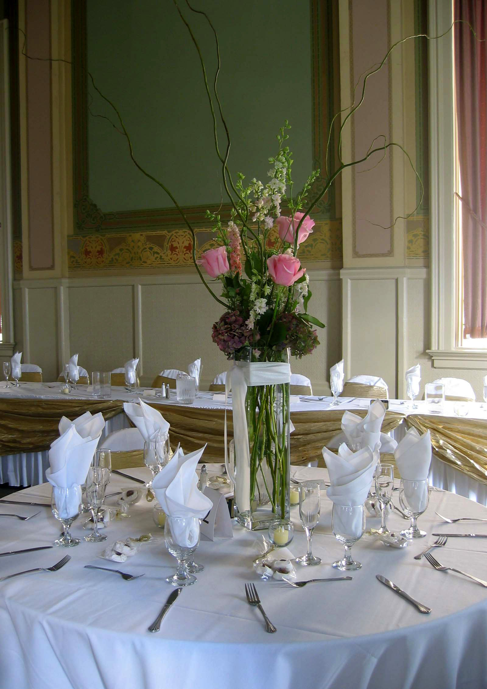Reception, Flowers & Decor, pink, Centerpieces, Roses, Centerpiece, Hydrangea, An impressive event