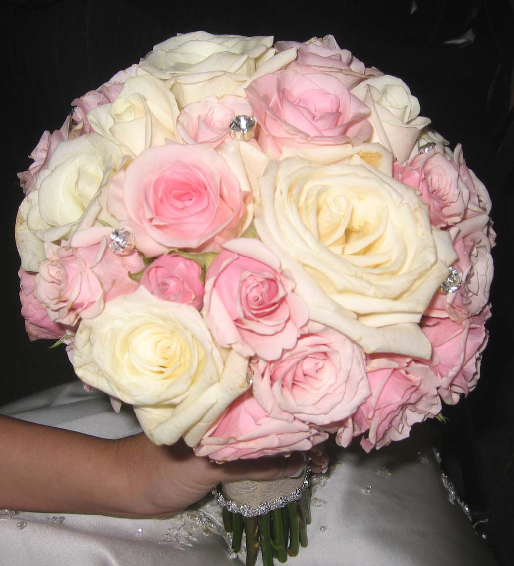 Flowers & Decor, pink, Bride Bouquets, Flowers, Roses, Bouquet, bridal bouquet, An impressive event