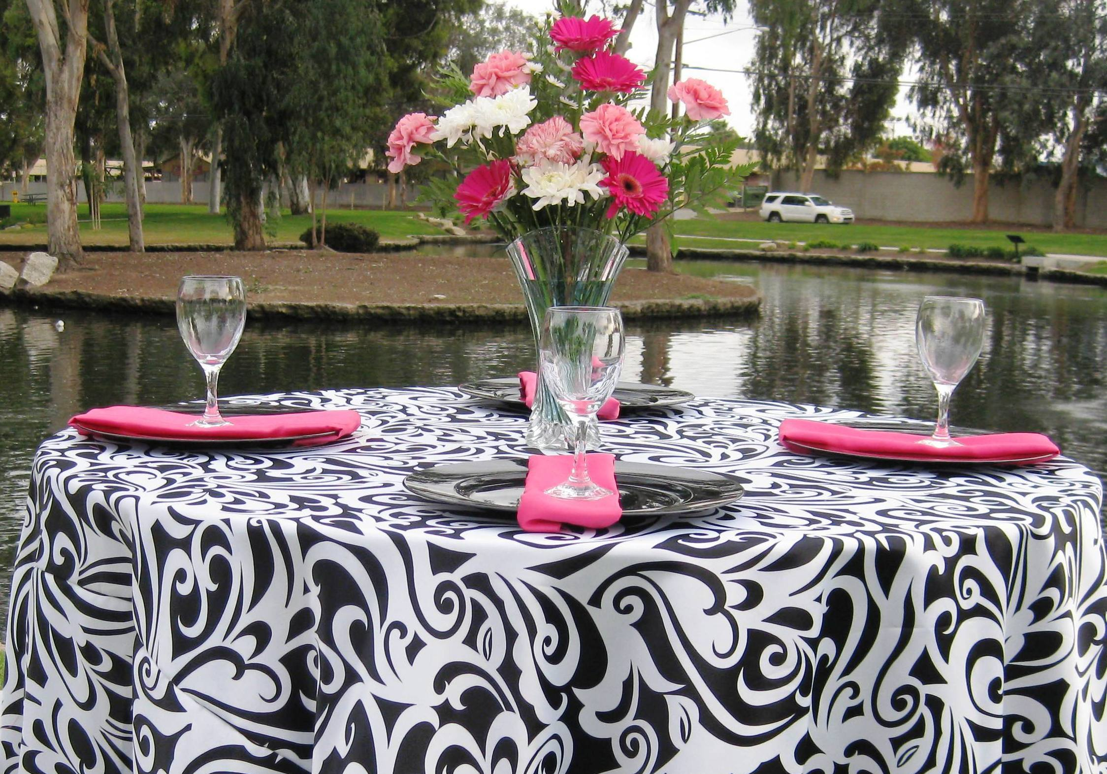 Registry, white, black, Place Settings, And, Tablecloth, Linen, Plates, Bella- couture wedding lines, chair covers 100 charger plates rental, Blackcharger