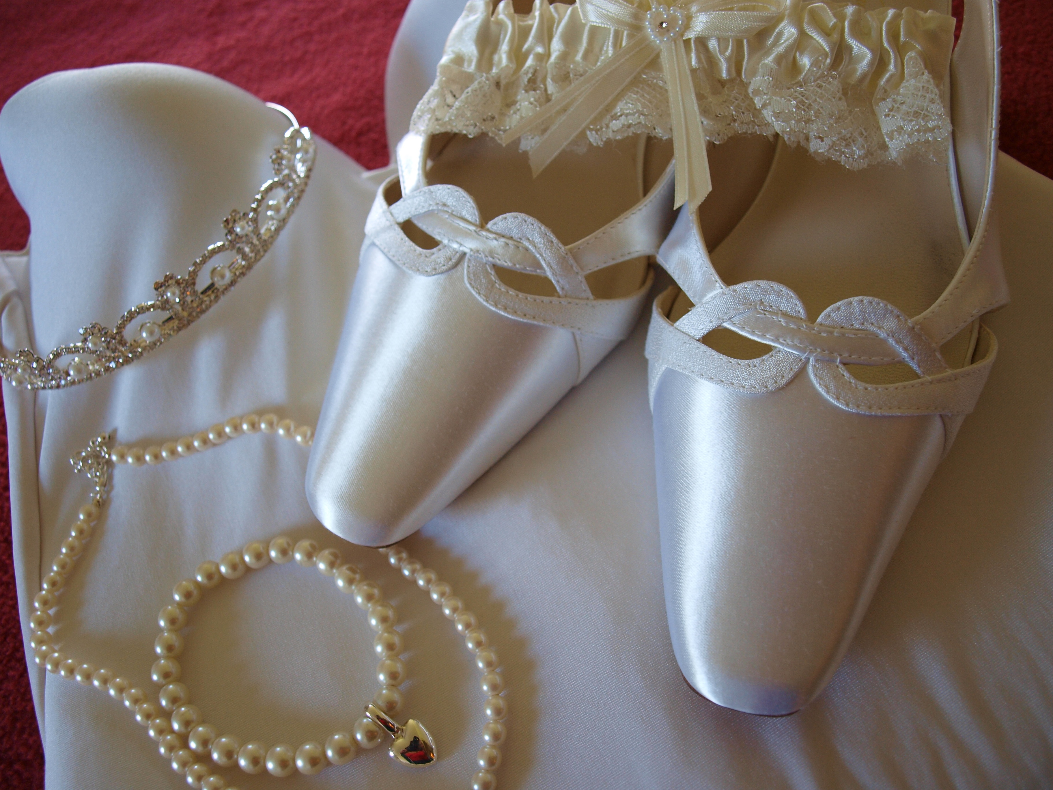 Jewelry, Shoes, Fashion, white, Bride