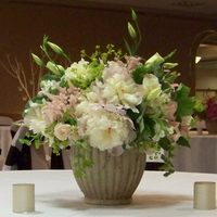 Flowers & Decor, ivory, pink, green, Centerpieces, Garden, Flowers, Garden Wedding Flowers & Decor, Centerpiece, Blush, Floral verde llc