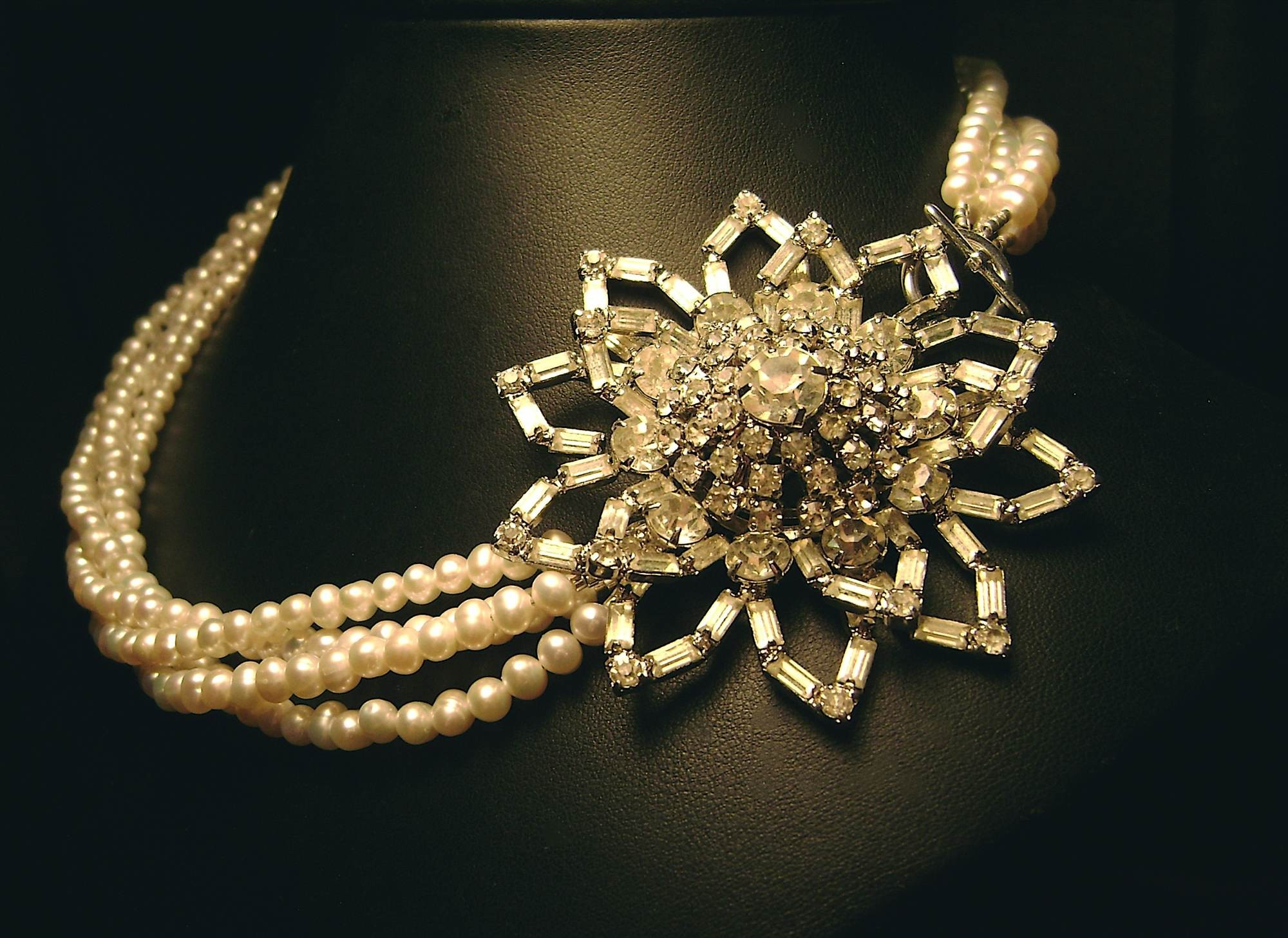 Flowers & Decor, Jewelry, Necklaces, Vintage, Flower, Necklace, Rhinestone, Pearl, Etsy, Handmade, Damselle jewelry