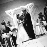 Vows, Black and white, Photojournalistic, Candid, Mishicot, Fox hills