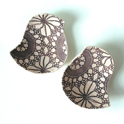 Favors & Gifts, brown, favor, Ring, Lace, Bird, Bearer, Cream, Bowl, Prince design uk