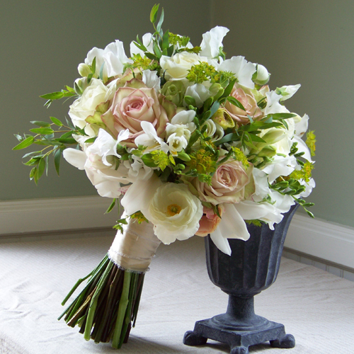Flowers & Decor, white, green, Bride Bouquets, Flowers, Bouquet, Blush, Floral verde llc