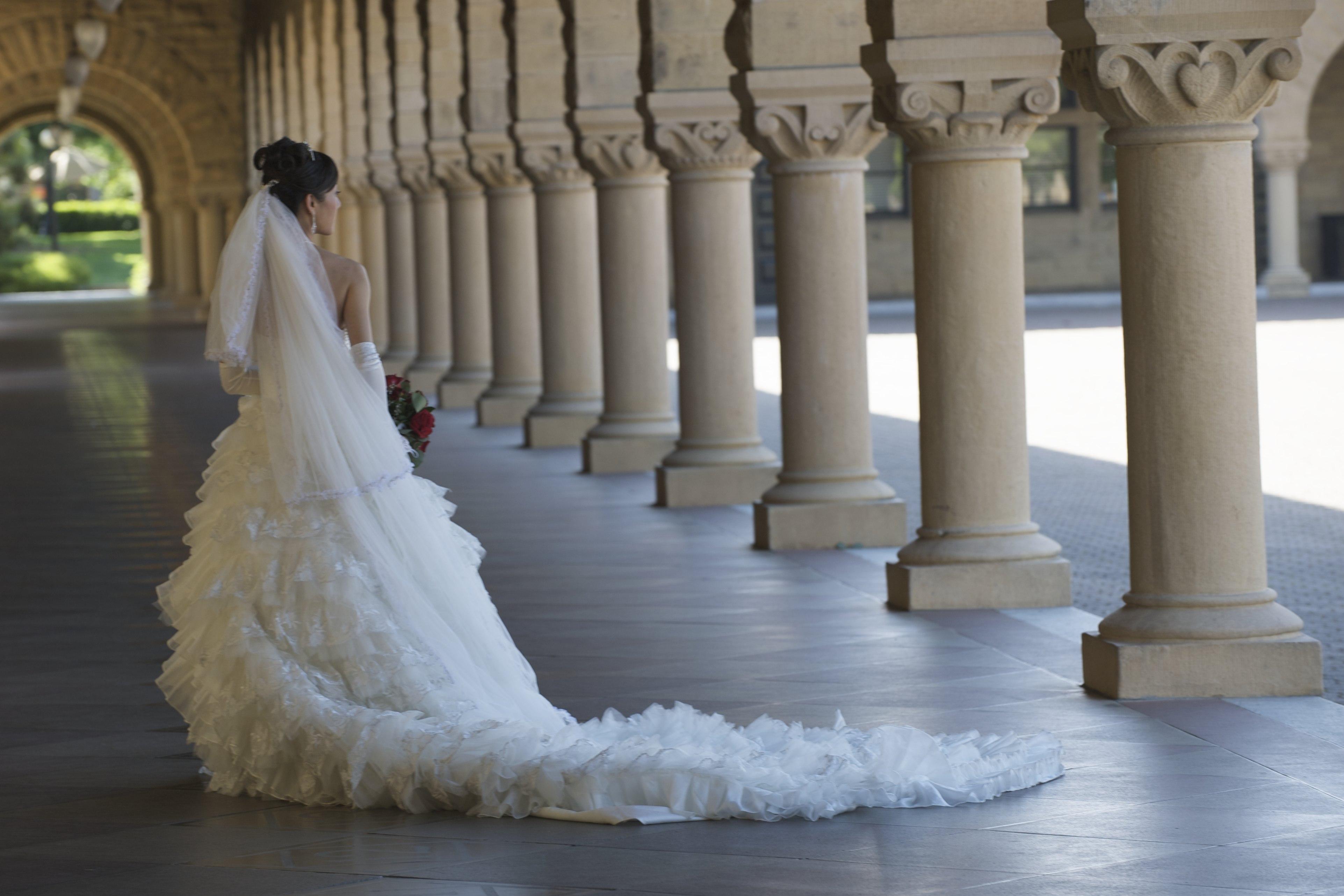 Bridal, Style