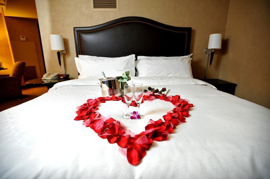 Hotel, Room
