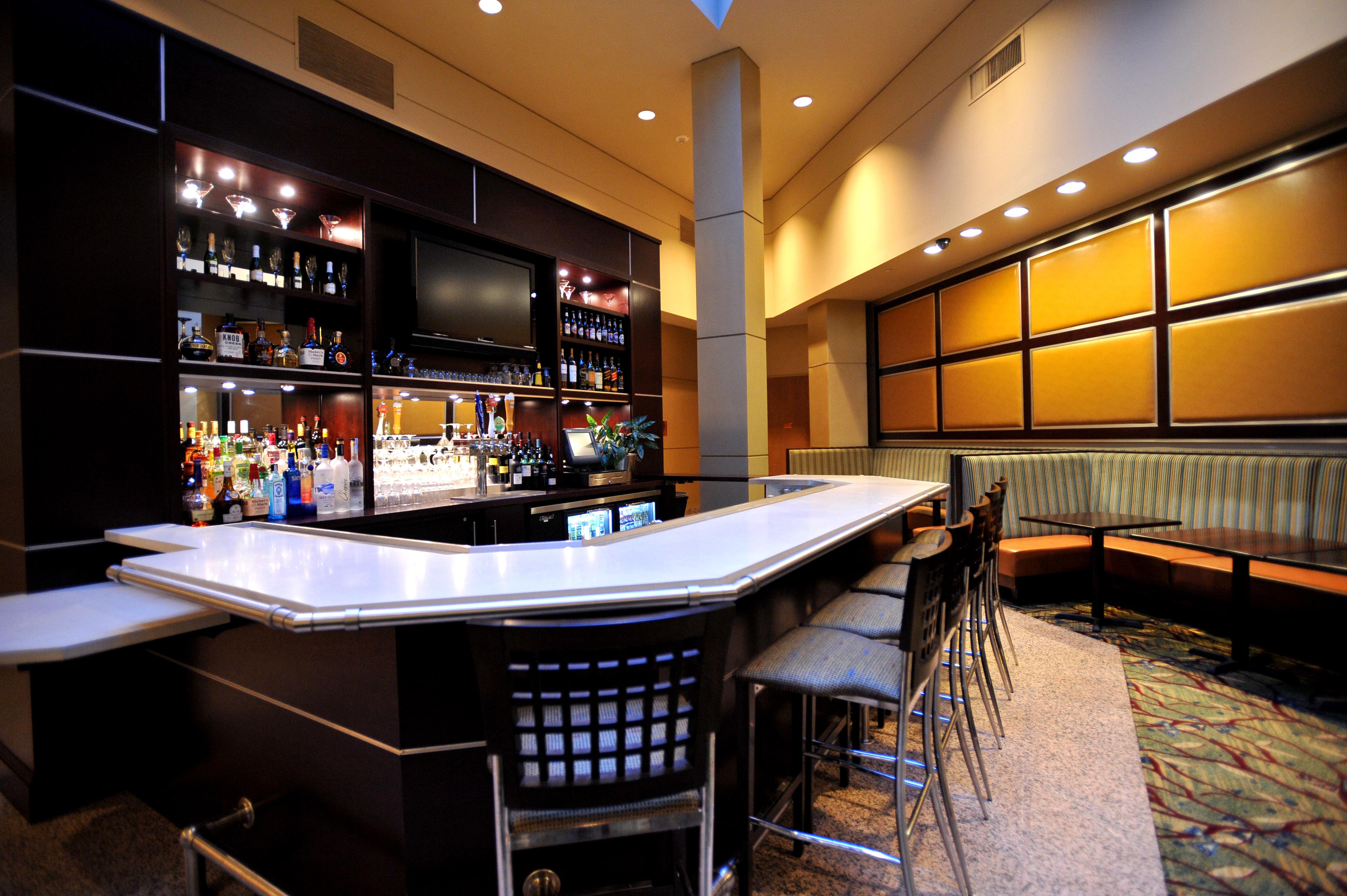 Lobby, Bar