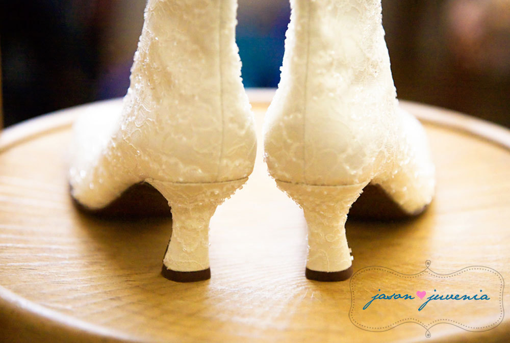 Shoes, Lace Wedding Dresses, Vintage Wedding Dresses, Fashion, ivory, Vintage, Bridal, Detail, Lace, Heels, Boots, Jason and juvenia