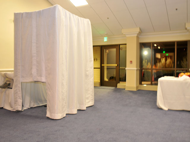 white, Bridal, Photobooth, Brocade, Photobooth royale photo booth rental