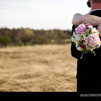 white, Bouquet, Portrait, Couple, Rock, Lake, Texas, Point, Dallas, Allison davis photography, Winfrey