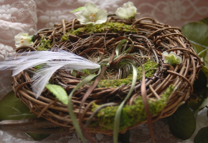 green, brown, Outdoor, Wedding, Birds, Unique, Nest, Pillow, Weddings, Pretty, Forest, Nature, Etsy, Team, Twigs, Ye bridal, Fantastical