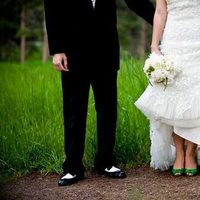 Flowers & Decor, Shoes, Fashion, green, Bride Bouquets, Bride, Flowers, Bouquet, Groom, Flower Wedding Dresses
