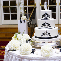 Cakes, white, black, cake, Vanilla bake shop, Tealight weddings events, Fleur de lis