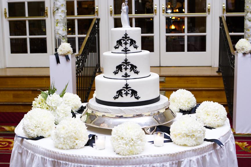 Cakes, white, black, cake, Vanilla bake shop, Tealight weddings events, Fleur de lis