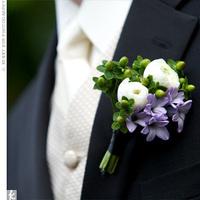Flowers & Decor, Boutonnieres, Ranunculus, Lilac, Hypericum berries