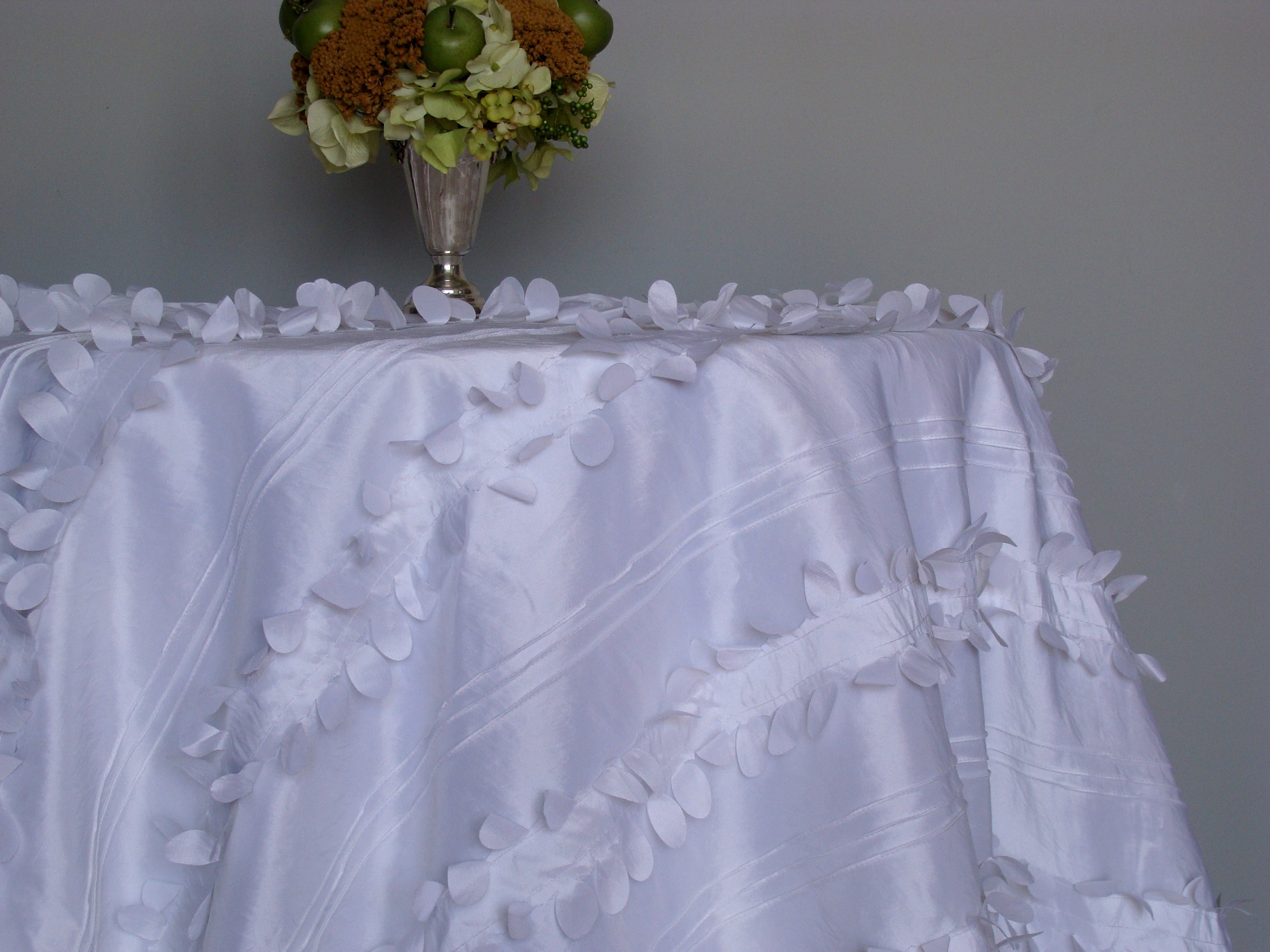 Reception, white, Best dressed tablecloths, Flowers & Decor