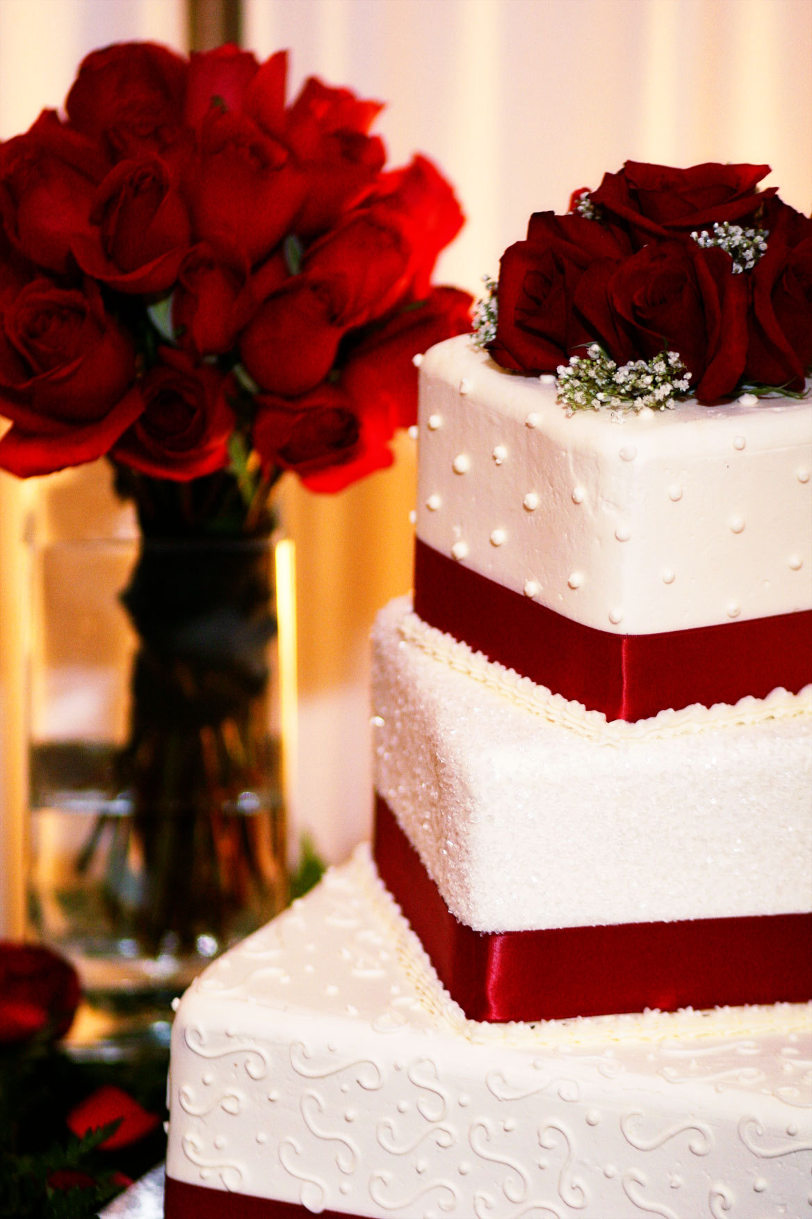 Flowers & Decor, Cakes, white, red, cake, Bride Bouquets, Flowers, Bouquet, Red barn pictures