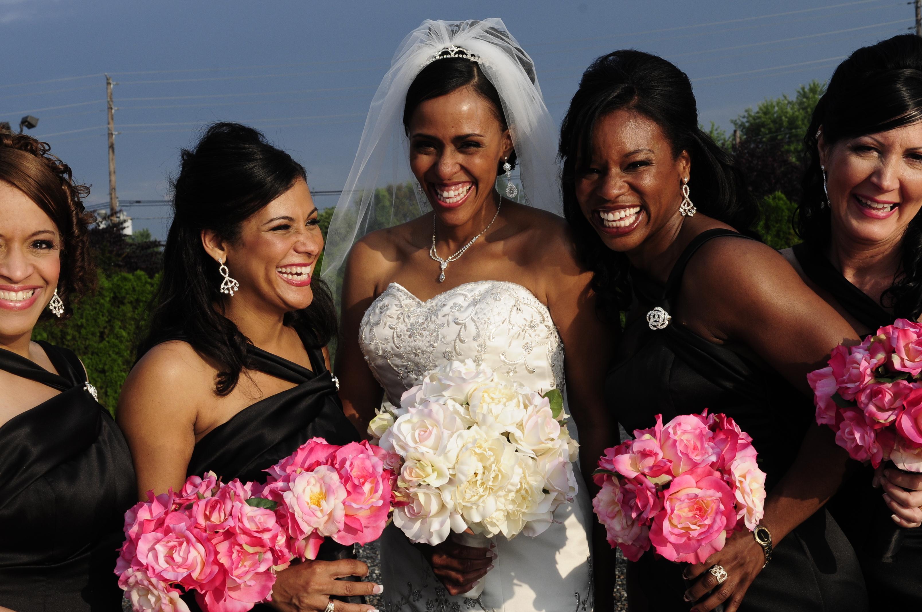 Flowers & Decor, Bridesmaids, Bridesmaids Dresses, Fashion, pink, black, Bridesmaid Bouquets, Flowers, Flower Wedding Dresses