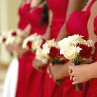 Ceremony, Flowers & Decor, Bridesmaids, Bridesmaids Dresses, Fashion, red, Noelia kline - photographer