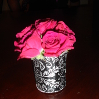 Flowers & Decor, black, Flowers, Damask