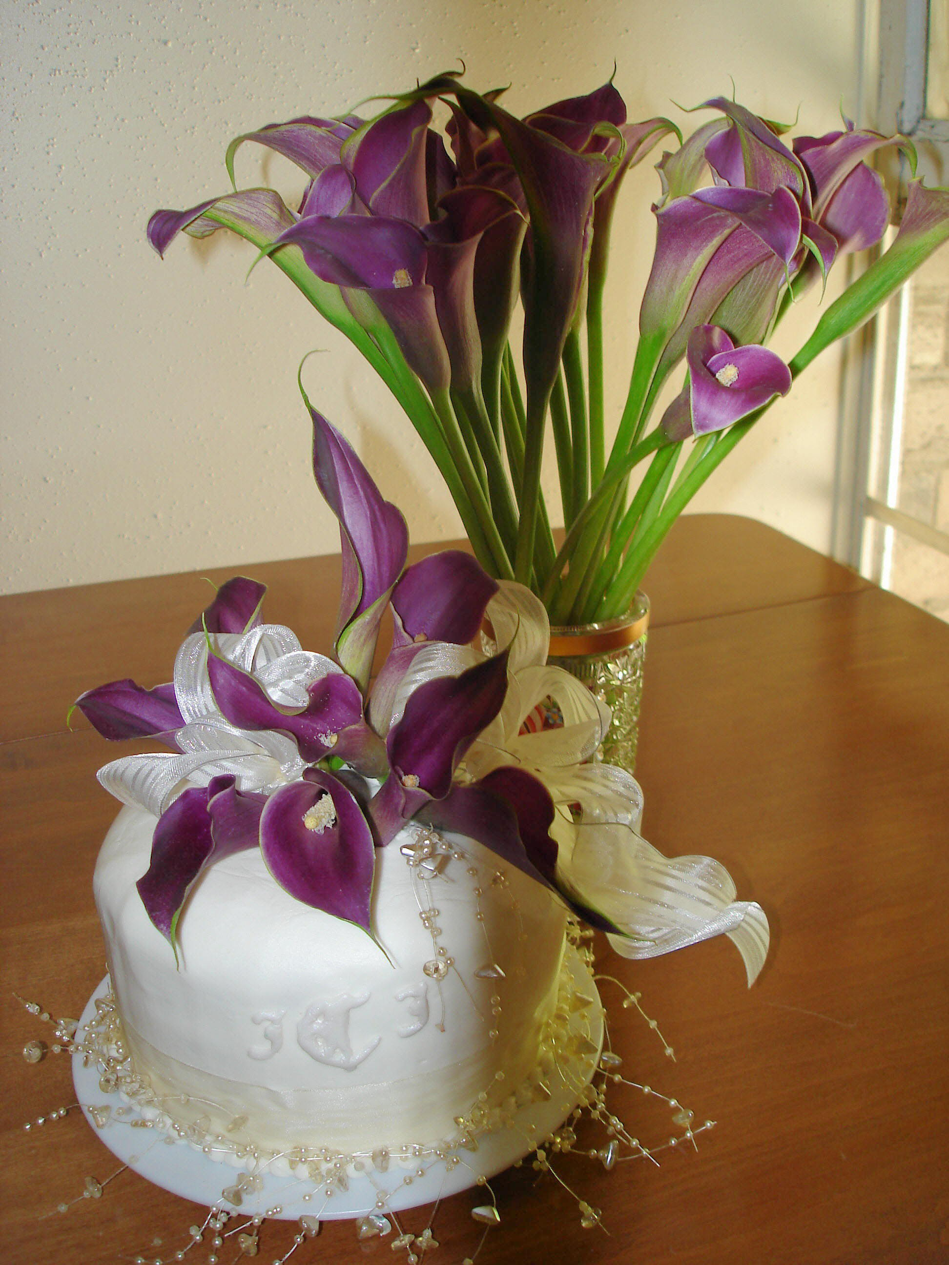 Flowers & Decor, Cakes, purple, cake, Flowers, Calla, Lilies, Flowerbudcom