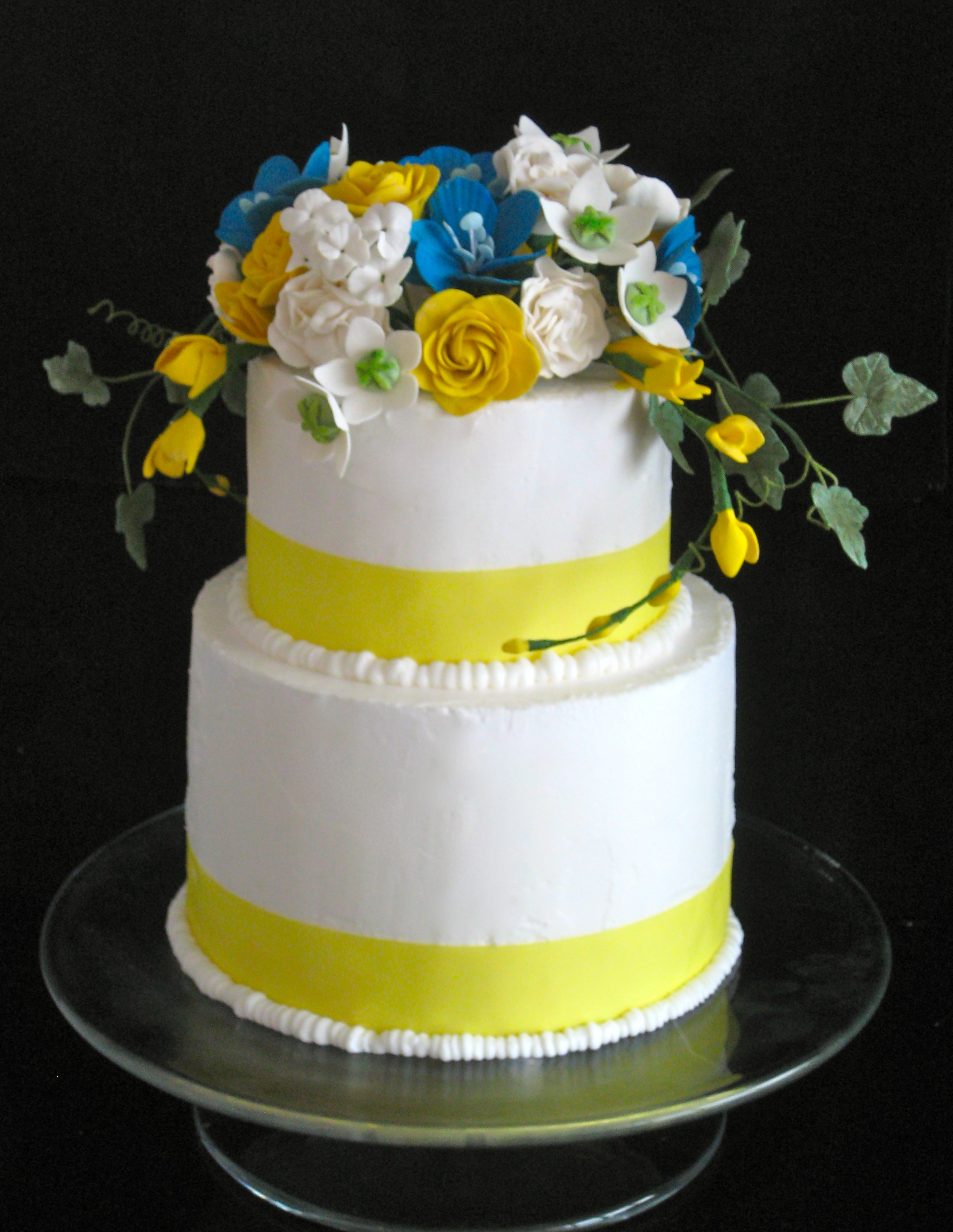 Noso Mellow Yellow by Sugar Flower Shop Punches of yellow