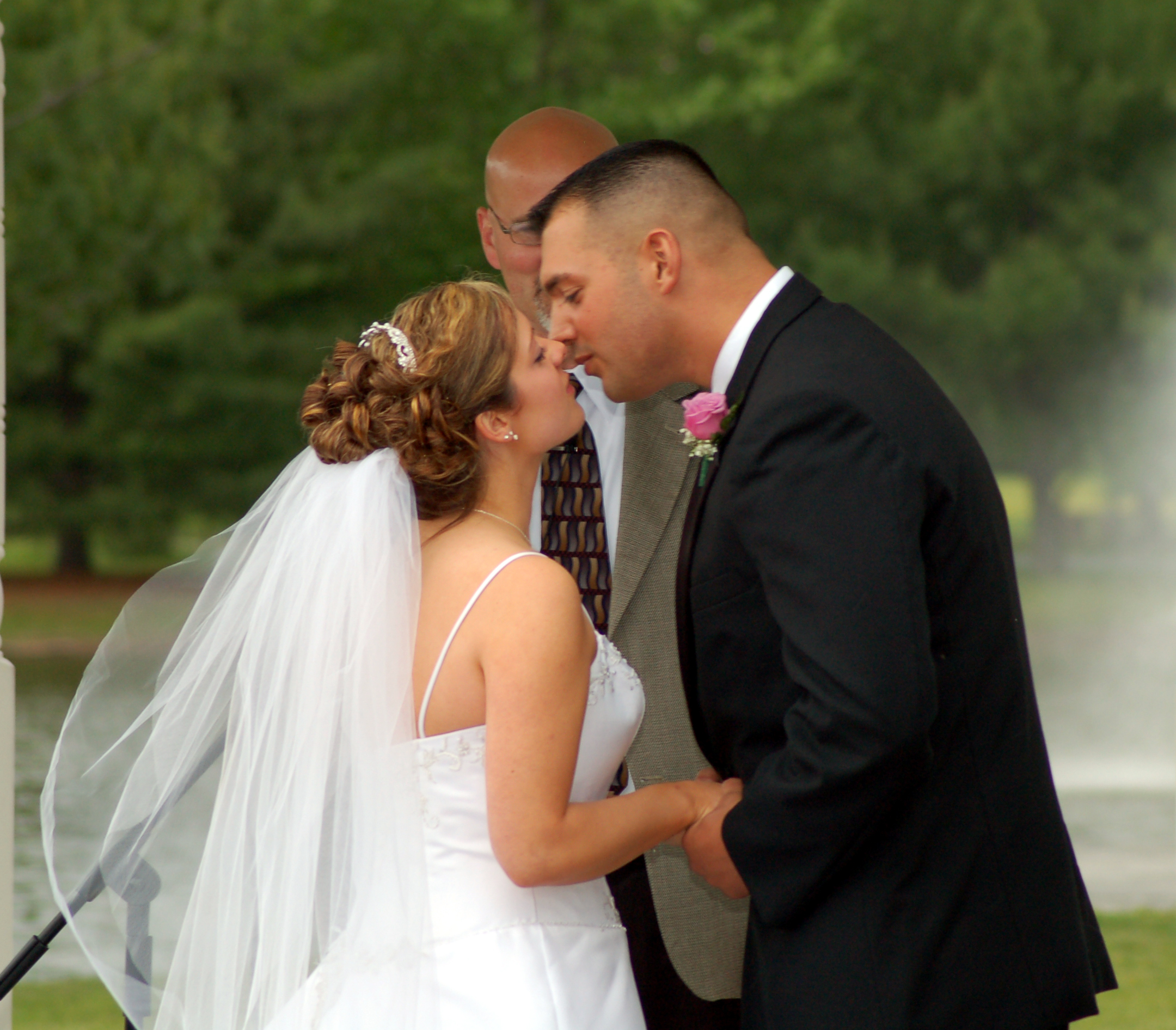 Bride, Groom, Wedding, And, At, Kissing, Donald pope photography