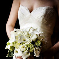 Flowers & Decor, Wedding Dresses, Fashion, white, green, dress, Bride Bouquets, Bride, Flowers, Bouquet, Getting, Ready, With, Blueberry photography, Flower Wedding Dresses