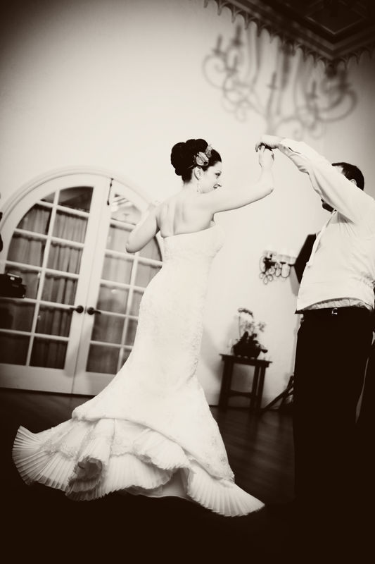 Reception, Flowers & Decor, white, black, Bride, Groom, Dance, Wedding, First, Jewish, Blueberry photography