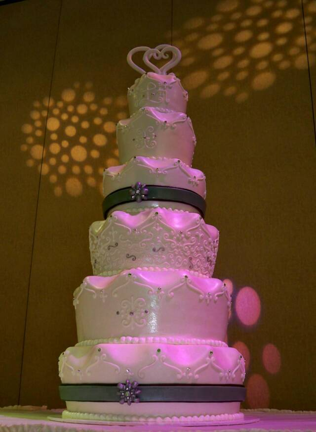 Cakes, white, silver, cake, Mirabella confections