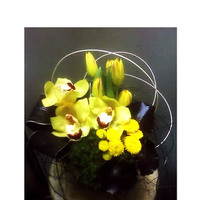 Reception, Flowers & Decor, yellow, black, Centerpieces, Modern, Flowers, Modern Wedding Flowers & Decor, Centerpiece, Arrangement, Thistledown designs