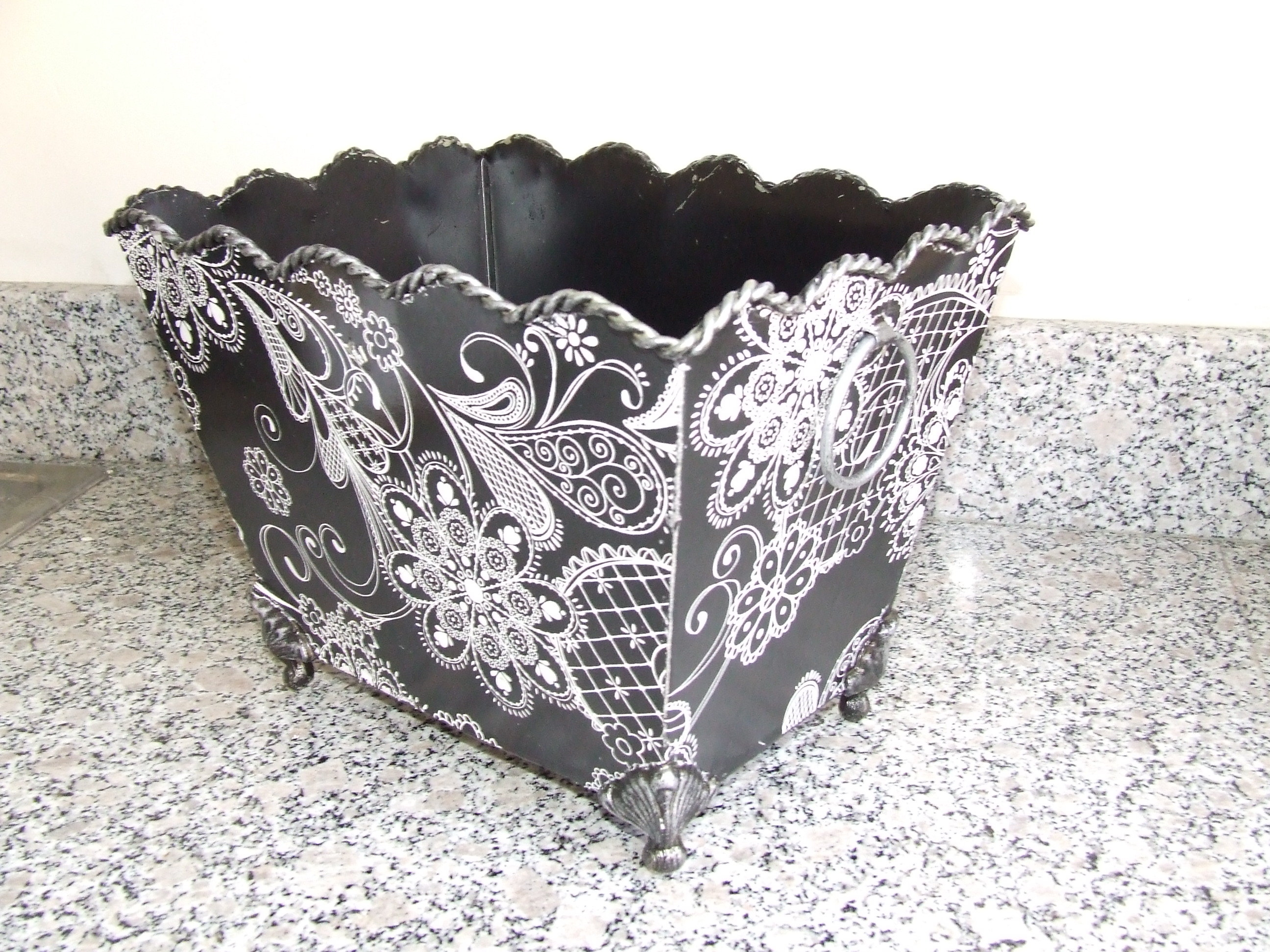 white, black, Basket, Damask