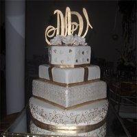 Cakes, white, gold, cake, La nanas art bakery