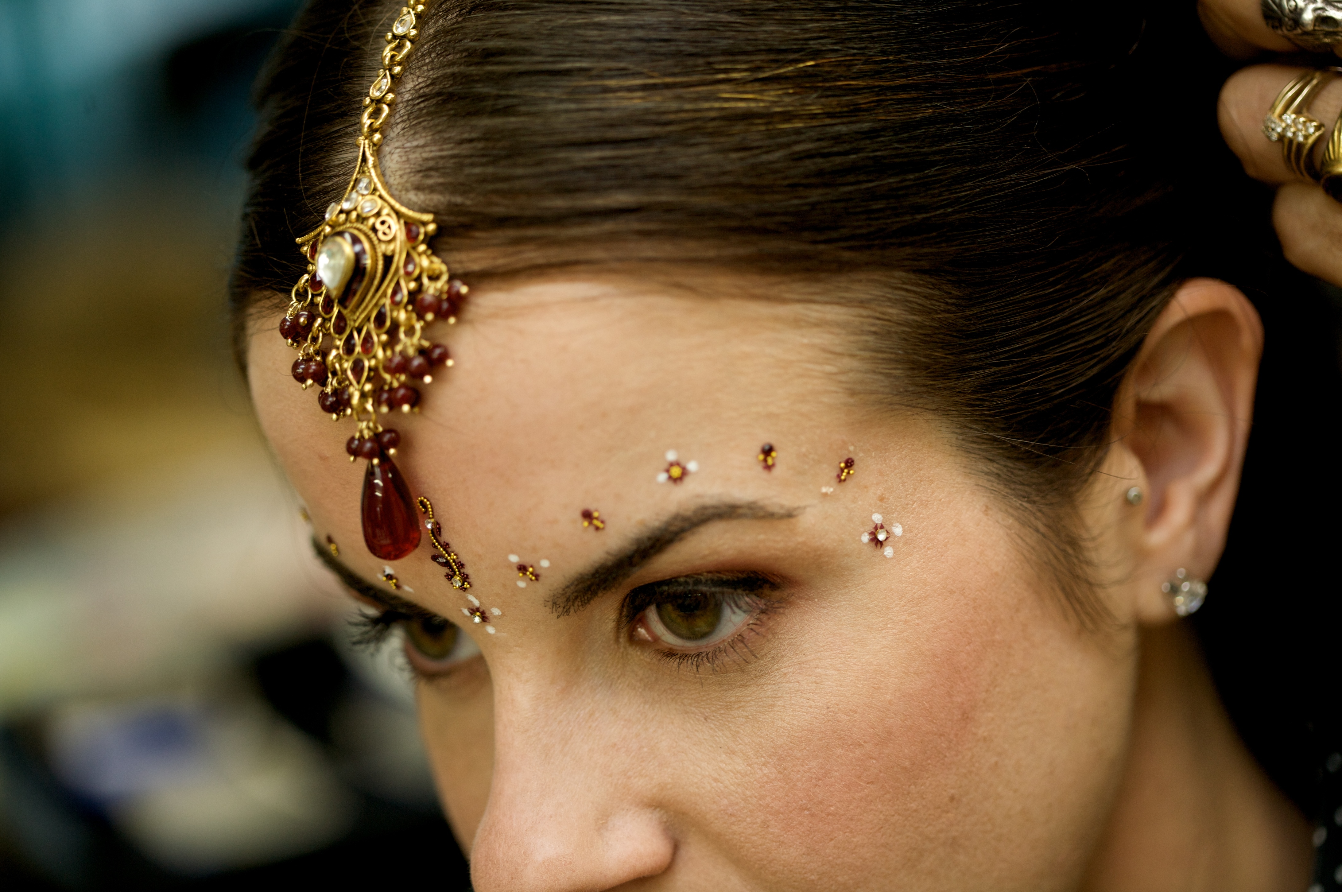 Beauty, Jewelry, red, gold, Makeup, Hair, Tealight weddings events