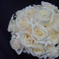 Flowers & Decor, white, Bride Bouquets, Flowers, Flower, Bouquet, Brides, Roseannes floral