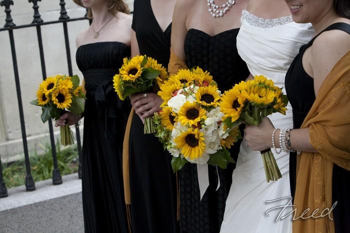 Flowers & Decor, Bridesmaids, Bridesmaids Dresses, Fashion, yellow, gold, Bridesmaid Bouquets, Flowers, Sunflowers, Flower Wedding Dresses
