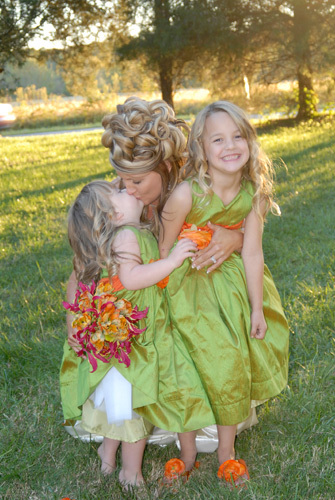 Beauty, Flowers & Decor, Bridesmaids, Bridesmaids Dresses, Wedding Dresses, Fashion, orange, pink, green, dress, Bridesmaid Bouquets, Flowers, Hair, Lisa crates photography, Flower Wedding Dresses