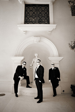 white, black, Las vegas, Imagine studios llc, Caesars palace wedding picture