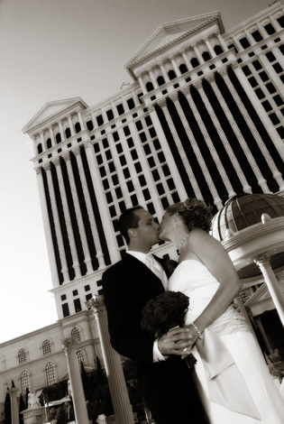 white, black, Las vegas, Imagine studios llc, Caesars palace wedding photo