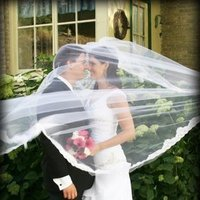 Beauty, Flowers & Decor, Wedding Dresses, Veils, Fashion, white, black, dress, Flowers, Veil, Hair, Flower Wedding Dresses