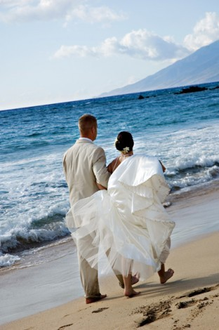 Wedding Dresses, Beach Wedding Dresses, Fashion, white, blue, dress, Beach, Wedding, Walking, Photo, llc, Studios, Picture, Las vegas, Imagine studios llc, Imagine, Las vegas wedding photography