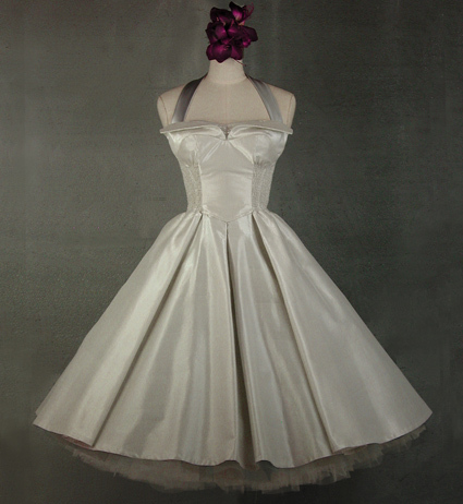 Wedding Dresses, Vintage Wedding Dresses, Fashion, white, silver, dress, Vintage, Wedding, Short, Chiffon, Retro, Silk, Christmas, Crinoline, Tea-length, 50s, Vintage-inspired, Whirlingturban, Whirling turban, Full skirt, Short Wedding Dresses, Chiffon Wedding Dresses, Silk Wedding Dresses