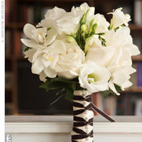 Flowers & Decor, white, brown, Flowers