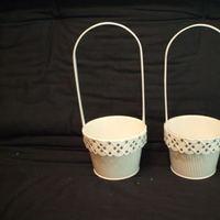 white, Baskets