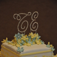 Flowers & Decor, Cakes, white, yellow, blue, gold, cake, Cupcakes, Flowers, Topper, Gumpaste, Urban sweets