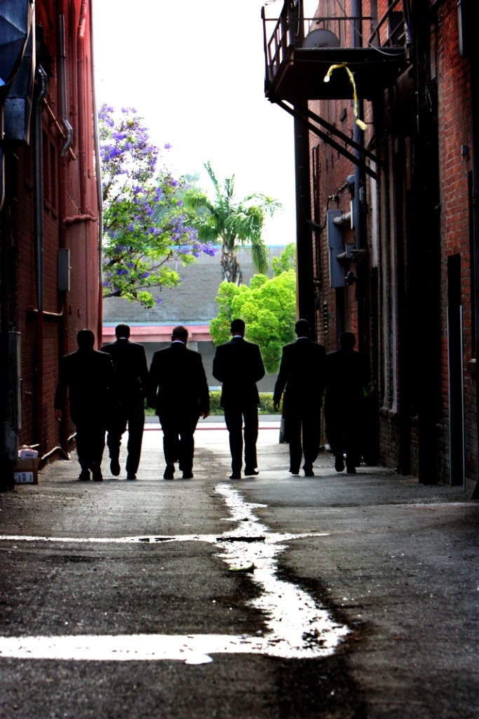 Flowers & Decor, black, Groomsmen, Flowers, Alley, Jennifer bagwell photography