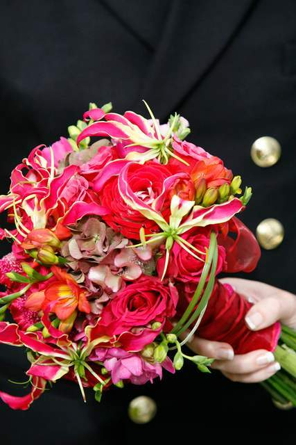 Flowers & Decor, pink, red, Flowers, The flower company
